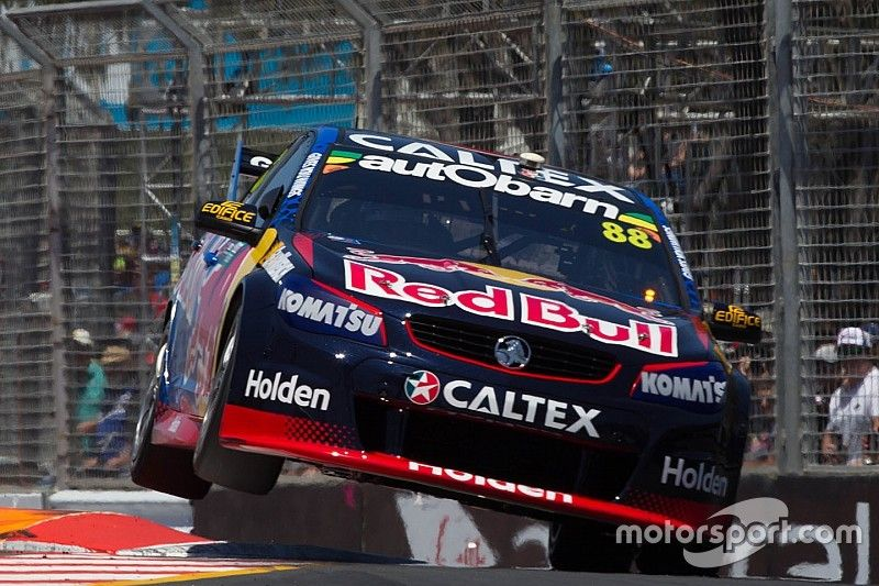 Gold Coast 600: Whincup on provisional pole, McLaughlin squeaks into shootout