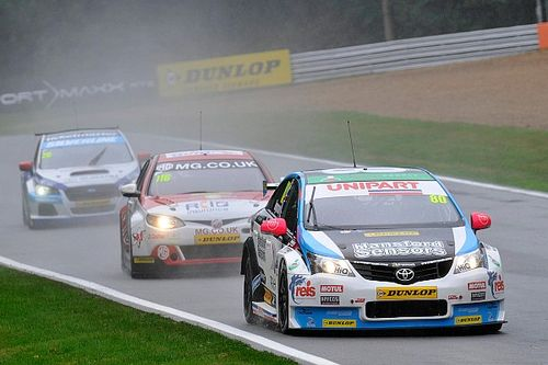Ingram, Austin keep BTCC seats for 2017