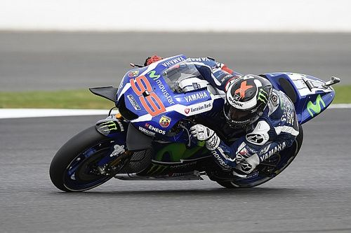"Lorenzo ""doesn't care"" about title amid current form slump"