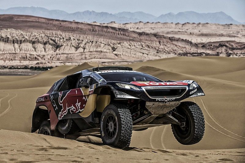 Silk Way Rally Stage 12: Loeb looses his way ! - video