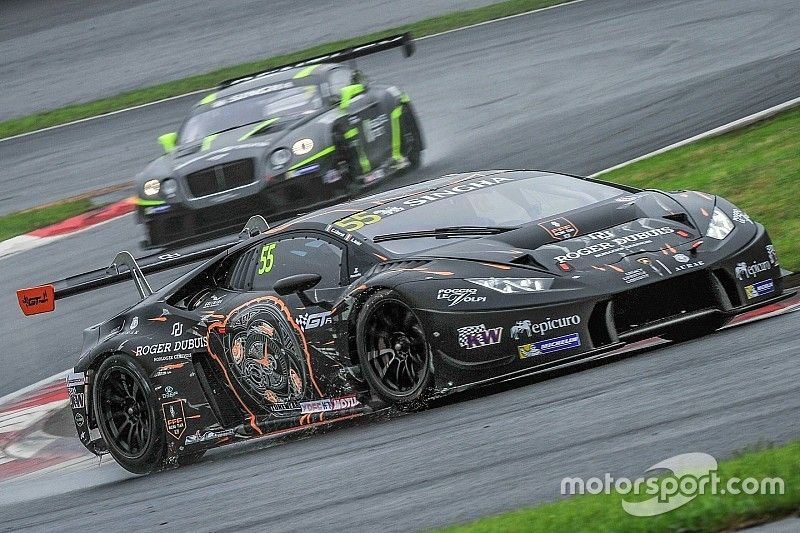 Maiden GT Asia Series victory for Lamborghini Huracan