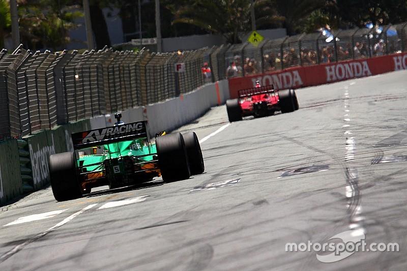 В IndyCar начали переговоры о возвращении на трассу «Серферс-Парадайс»