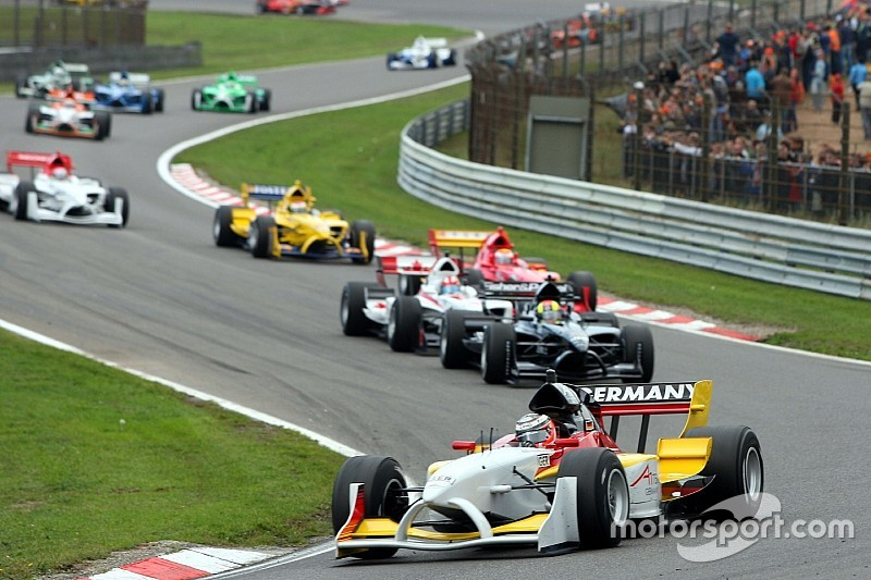 "Drivers wary of ""very processional"" F1 racing at Zandvoort"
