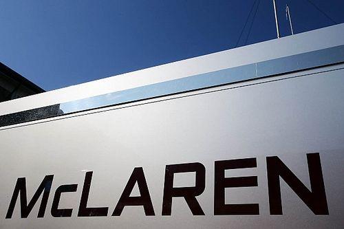 További 14 alkalmazottját helyezi karanténba a McLaren