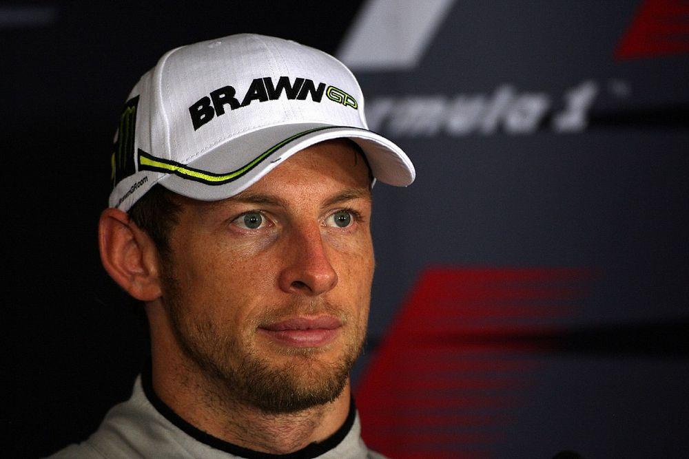 """Button felidézte a """"nagyon kényelmetlen"""" szituációt, amikor távozott a Brawntól"""