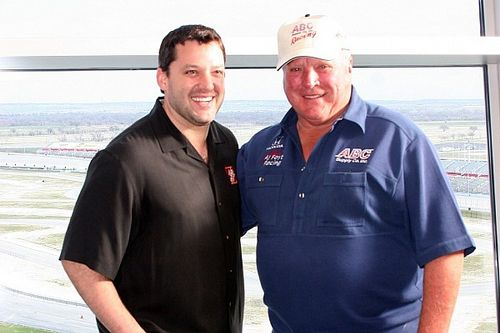 Tony Stewart to join his hero A.J. Foyt at Indy 500