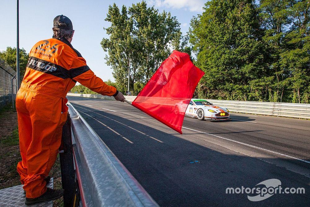 Virtual Le Mans: bandiera rossa alla 24h per problema tecnico!