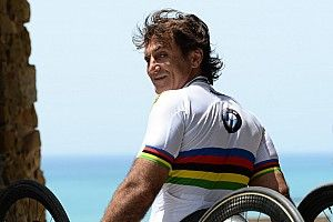 Zanardi sigue estable pero grave; el despertar se ve lejano