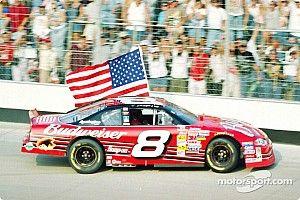 11 de setembro, e não Senna, inspira comemoração de piloto da NASCAR