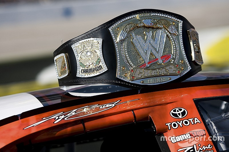 NASCAR's Texas playoff race to receive WWE-style open