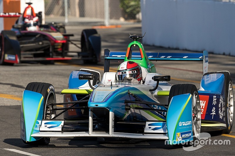 Eladó egy Formula E-autó