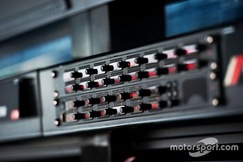 Los radios y su importancia en la Fórmula 1