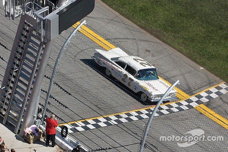 Remembering Junior Johnson: The 1960 Daytona 500 in his own words