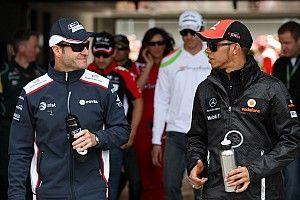 Barrichello: Hamilton pode até ter talento maior que de Senna e Schumi