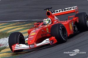 Barrichello nyerte a legendák fordított rajtrácsos versenyét, Button ötödik