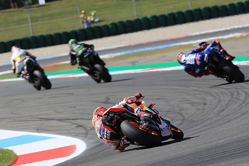 Marquez, Crutchlow és Rossi is nagyszerűen jött ki az időmérő végi káoszból