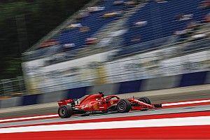 Vettel drie plaatsen achteruit na ophouden van Sainz