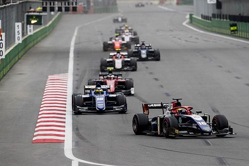 Baku F2: Maini charges from 17th to score first points