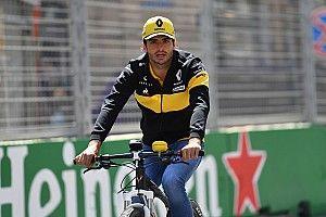 Renault elogia la reacción de Sainz ante el gran rendimiento de Hulkenberg