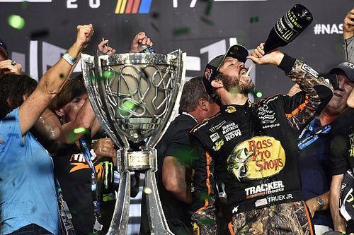 Martin Truex Jr vince ad Homestead ed è campione NASCAR 2017!