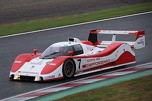 片山右京、鈴鹿でトヨタTS010をドライブ「二度と作られない名車だ!」