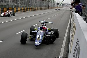 Formule 3: overig Nieuws Habsburg crashte liever dan dat hij tweede zou worden