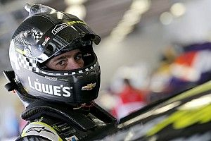 Jimmie Johnson wrecks out of Clash for seventh consecutive year