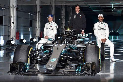 Fotogallery: la presentazione della Mercedes W09 per la F.1 2018