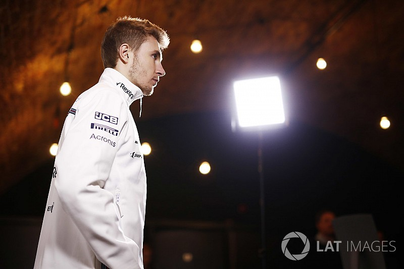 How can Sirotkin silence the doubters?