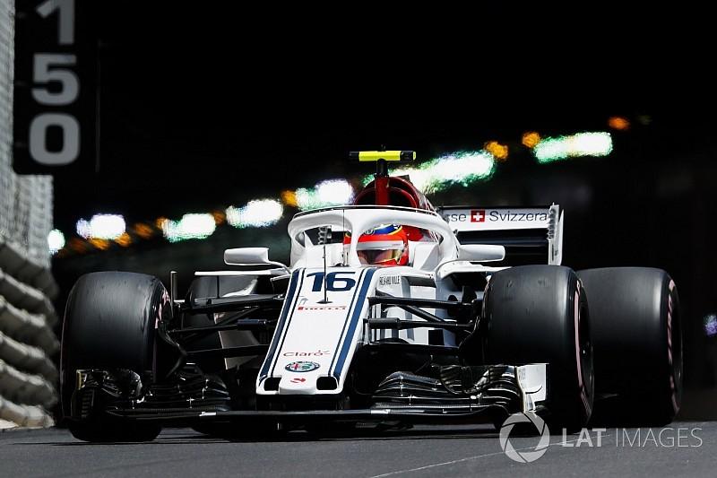 Sauber: il disco di Leclerc si è rotto per un detrito raccolto in pista