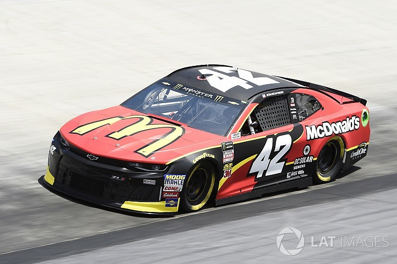 Kyle Larson sets pace during Saturday's first Cup practice in Bristol