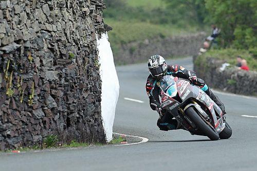 Dunlop pakt achttiende zege, Harrison en Rutter winnen ook op Isle of Man