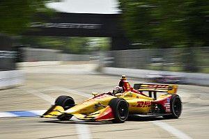 Detroit IndyCar: Hunter-Reay tops FP2, King shunts hard