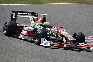 Super Formula Suzuka: Yamamoto gagalkan debut pole Fukuzumi