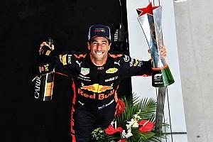 Формула 1 Хроніка Хроніка у фото: як Ріккардо йшов до перемоги в Китаї