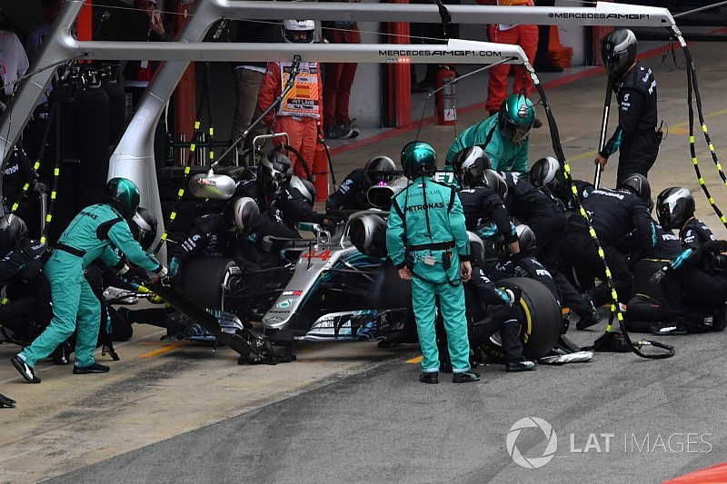 """Pirelli: F1 risked Spanish GP """"lottery"""" with unaltered tyres"""