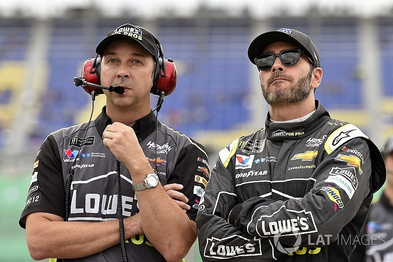Chad Knaus signs contract extension with Hendrick Motorsports