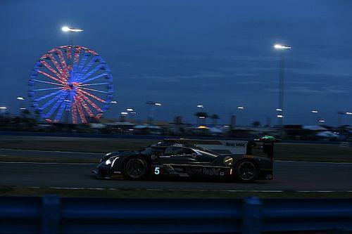 Cadillac manda tras 16 horas de carrera