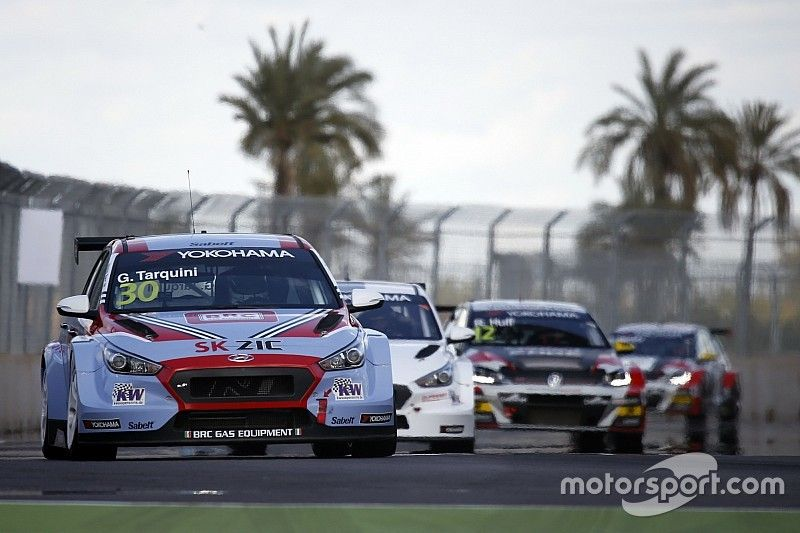 Tarquini consigue la pole position en Marrakech