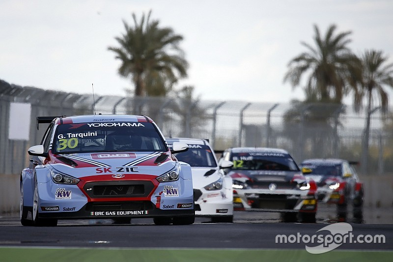 WTCR Marrakech: Tarquini leidt Hyundai-kwartet en pakt pole