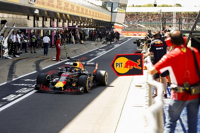 Red Bull попыталась убедить Риккардо в необходимости перехода на Honda