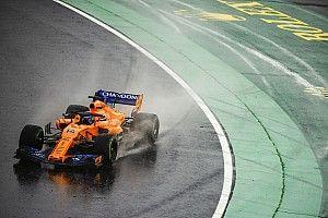Alonso cree que solo pueden aspirar al top 5 en carreras con lluvia