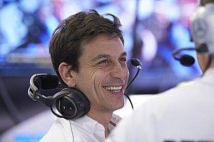"""Wolff: """"La Ferrari ha un motore più performante. Lavoreremo per riprenderla"""""""