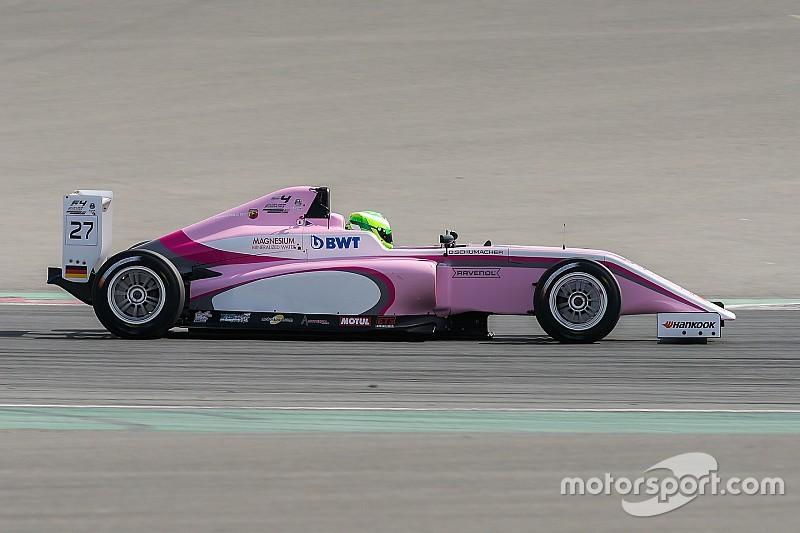 Давід Шумахер продовжив вигравати у Ф4 ОАЕ