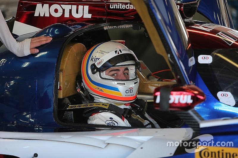 """Alonso: """"Sería más fácil quedarme en casa, pero no valgo para eso"""""""