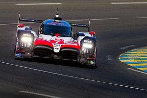 ウォームアップもトヨタが1-2位独占、ライバルに4秒の差をつける