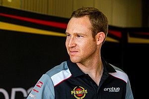 Reynolds signs 10-year Erebus Supercars deal