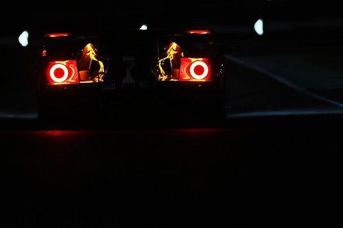 Le Mans 24 Saat - 15. Saat: #7 Toyota farkı tekrar açıyor