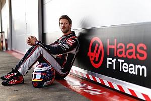 Képeken, ahogy pályára gurult a Haas új autója