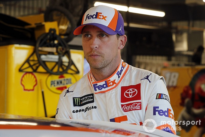 Denny Hamlin undergoes successful shoulder surgery